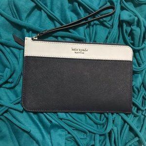 NWT Kate Spade ♠️ L-Zip Wristlet/Wallet